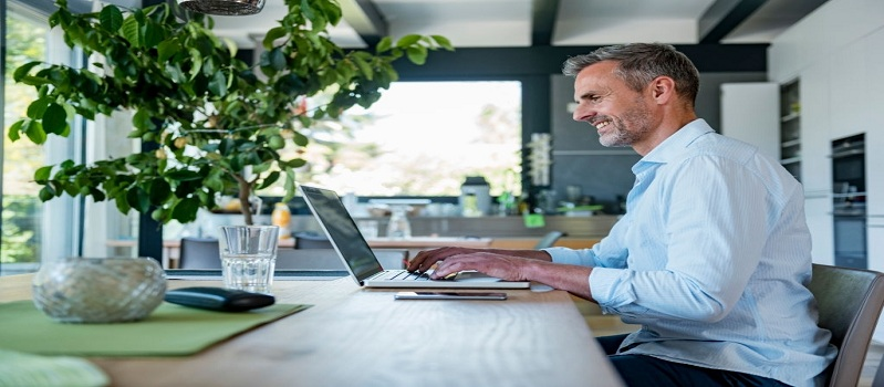 7 Typing Jobs to Make Money While Working from Home